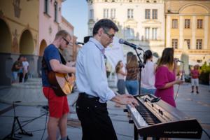 """""""Letnie S.O.S"""" – muzyka chrześcijańska, prawdziwe historie"""